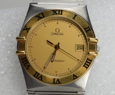 Mens Omega Constellation Quartz Two Tone 18K Stainless Steel Watch